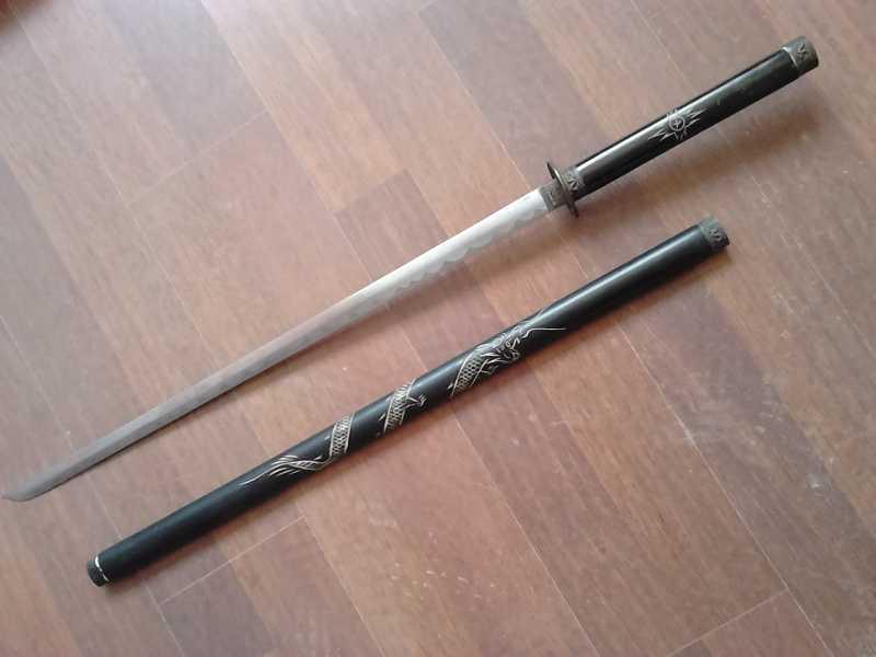 13)Катаны. Боевые и сувенирные образцы.